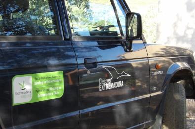 Vehículo de la empresa Discover Extremadura