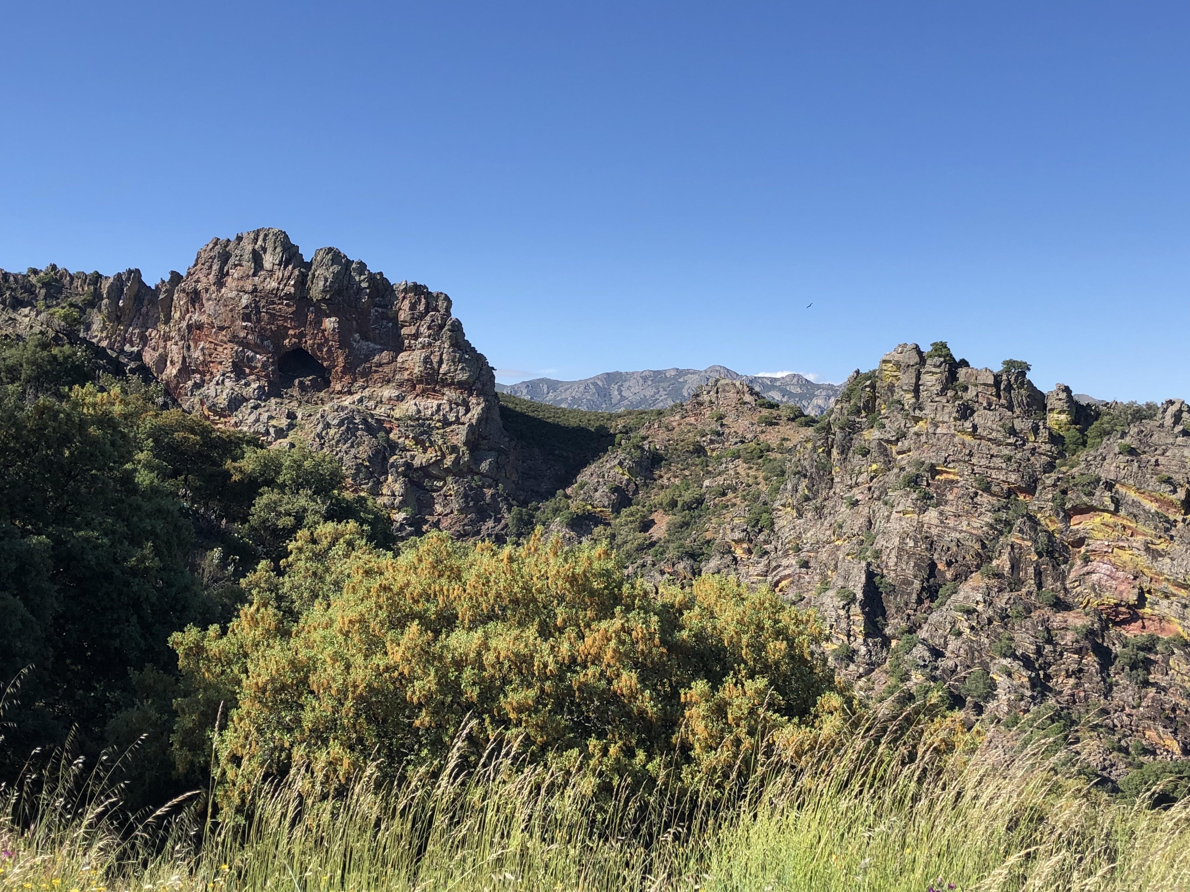 Geositio localizado a lo largo del Camino Natural de Las Villuercas en el Geoparque