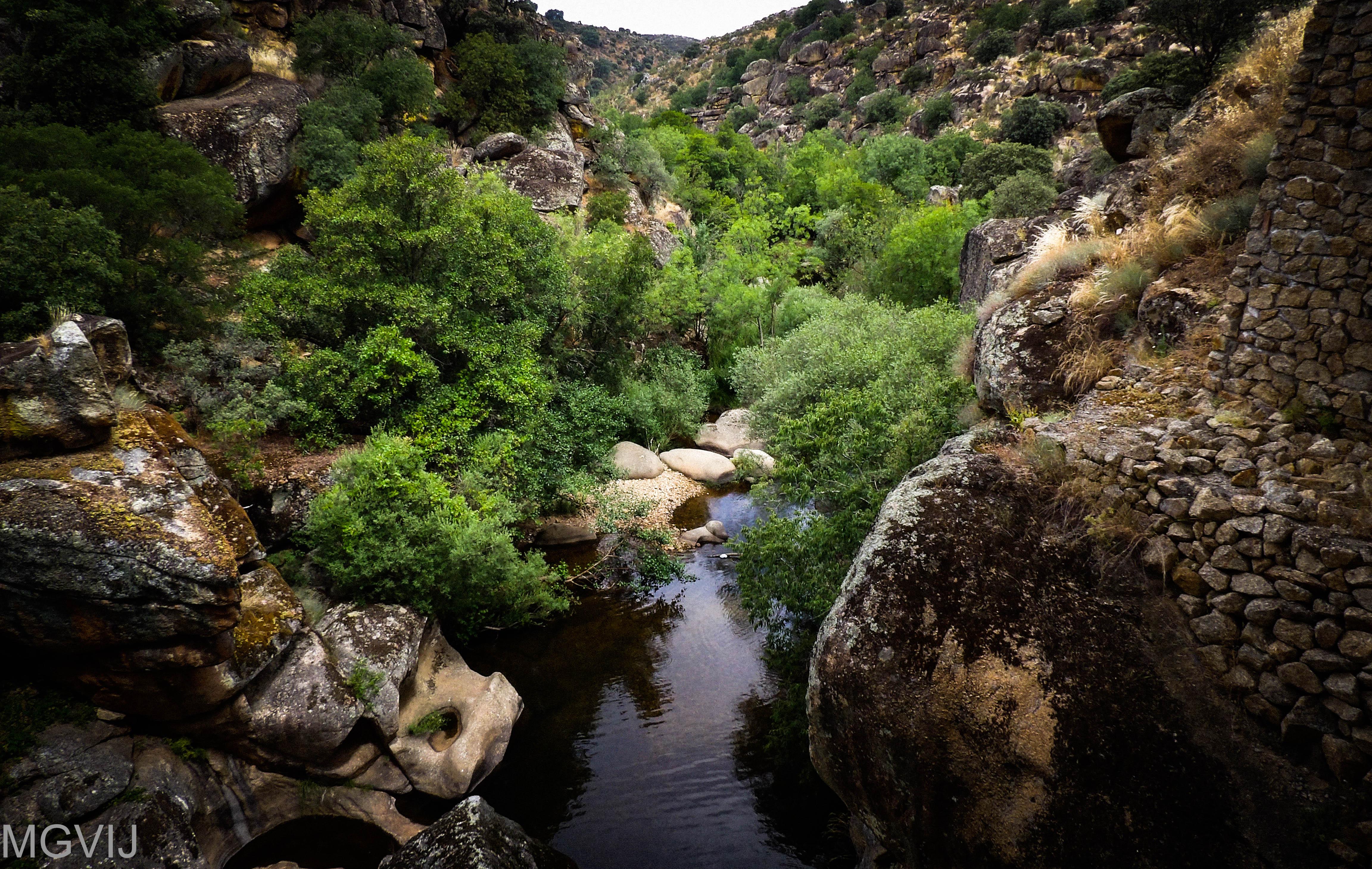 Río Ibor donde se encuentra el geositio Marmitas de Gigante situado en el Geoparque Villuercas Ibores Jara, muy cerca de Bohonal de Ibor