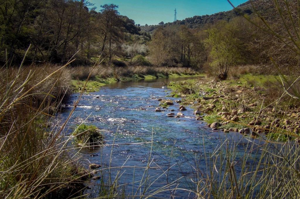 Caude del río Ibor, a su paso por La Avellaneda en Castañar de Ibor