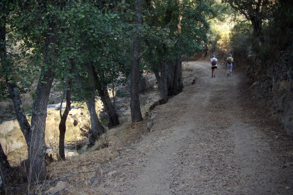 Sendero del río Almonte en las Apreturas del mismo río